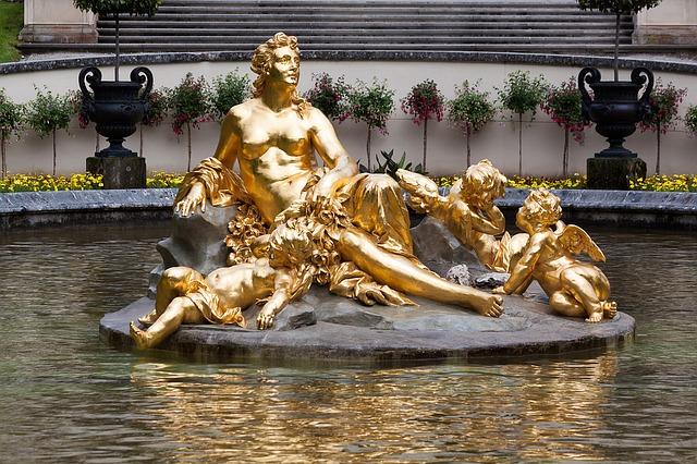 zlatá socha