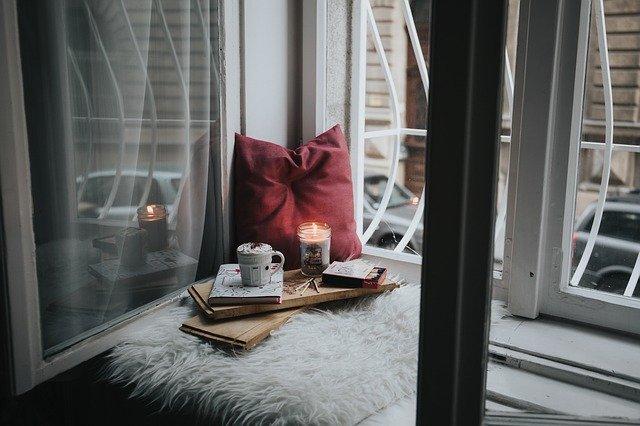svíčka a kakao